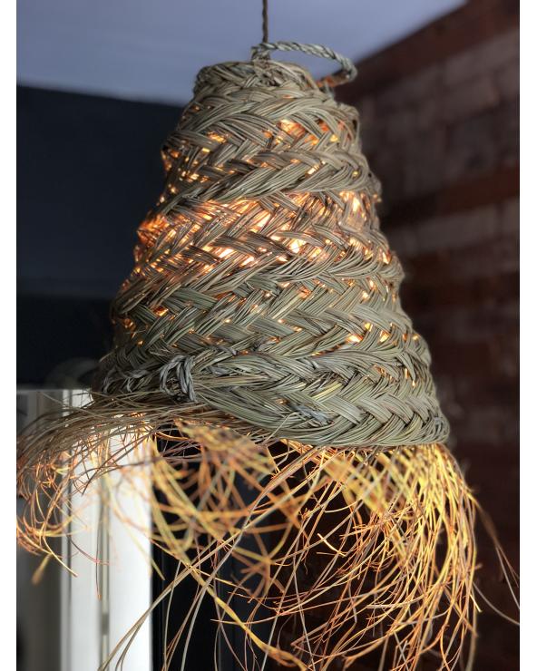 Petite suspension en fibre de palmier