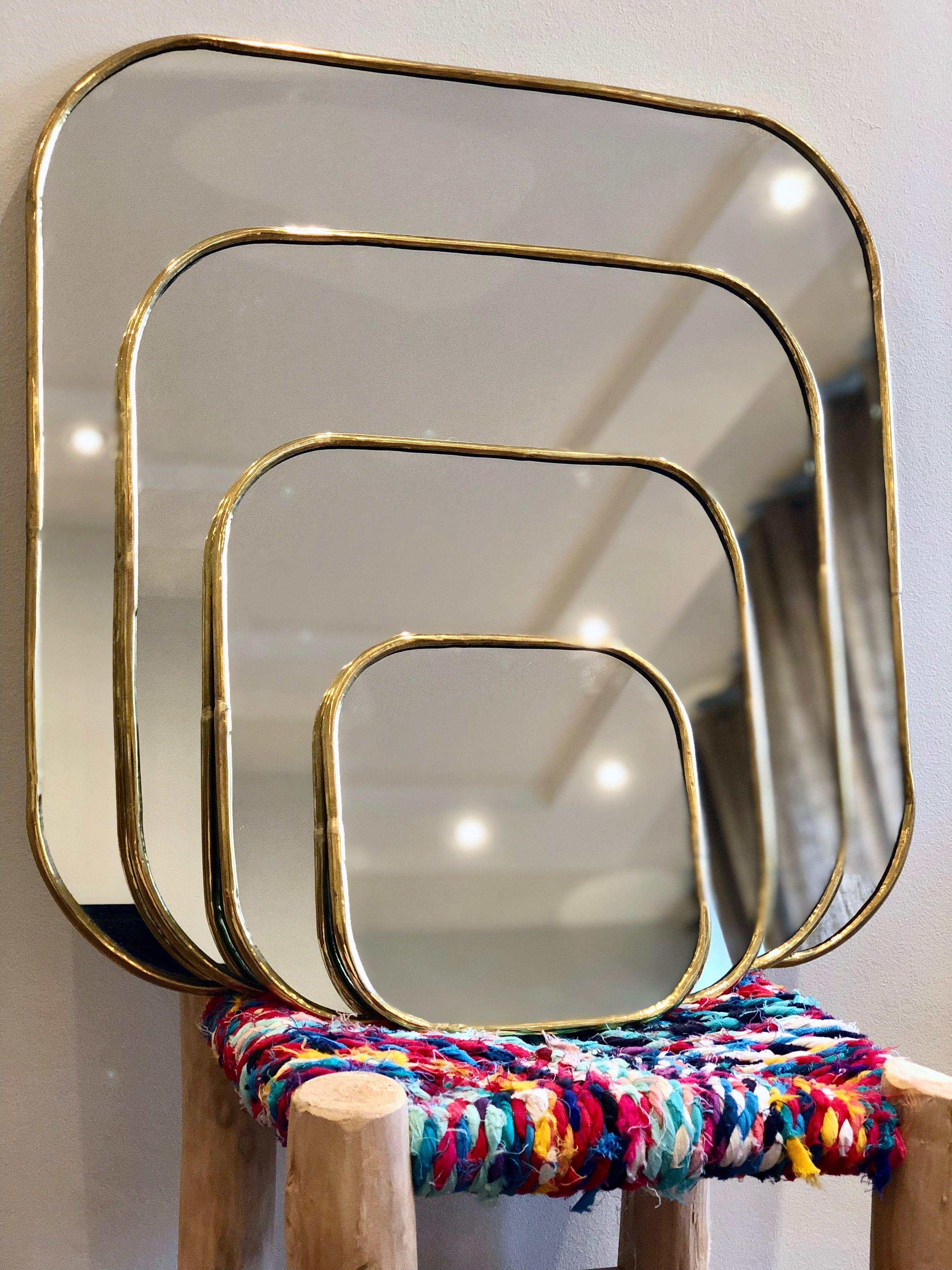 Miroir carré laiton