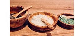 Bois d'olivier: Robuste et hygiénique.