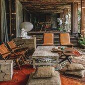 ➰Morrocan carpet are everywhere @nomadetulum ➰ • • • Pics by @nomadetulum. #benomad ➰ Visit our website, link in bio. • • • • • • • #nomadlifestyle #nomadliving #interioraddict #interiordesign #interiorinspo #interiorjunkie #bohochic #bohostyle #boholuxe #modernboho #instahome #instadeco #instadecoration #decoaddict #homeinterior #homesweethome #treasurehunter #maisonsnomades #tulumstyle #tulumvibes #hoteltulum